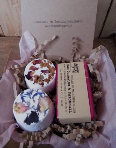 A floral Soap and 2 floral bath bombs in a giuft box