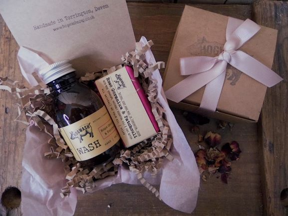 Rose Geranium and patchouli gift box. With 100ml Wash and 50g soap